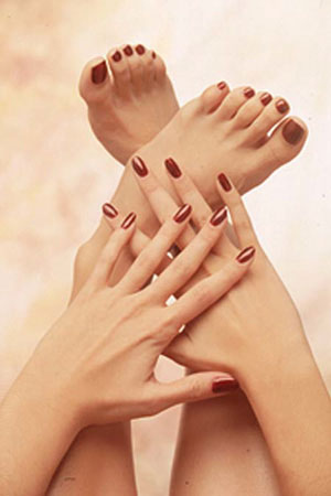 Signature Manicure & Pedicure Combo Photo